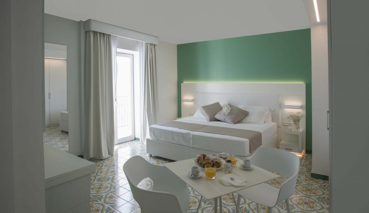 Lloyd's Baia Hotel room raffaele carrella