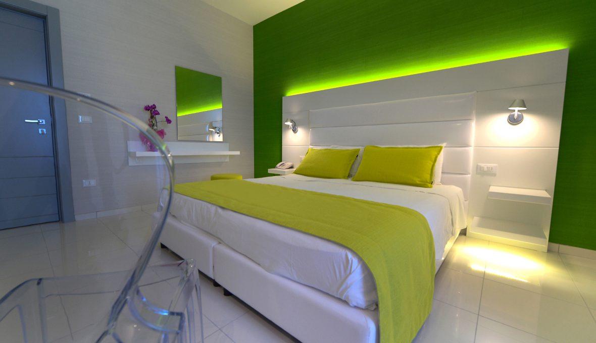 hotel giulivo raffaele carrella room